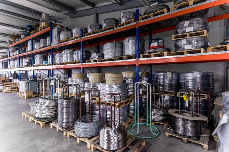 Hinterdobler Fabrikations GmbH | Bestens sortiertes Drahtlager mit 200 Tonnen europäischem Qualitätsdraht